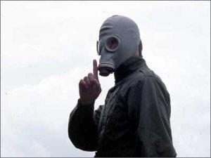 (Paddy Considine) wreaks his revenge in Dead Man's Shoes