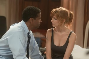 Whip Whitaker (Denzel Washington) finds a connection with fellow addict Nicole (Kelly Reilly) in Flight