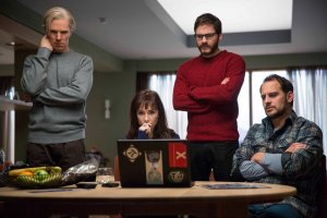 Julian Assange (Benedict Cumberbatch), Icelandic MP/activist Birgitta Jónsdóttir (Carice van Houten), Daniel Domscheit-Berg (Daniel Brühl) and hacker Marcus (Moritz Bleibtreu) consider what to order online in The Fifth Estate