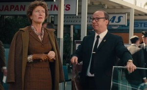 Mrs Travers (Emma Thompson) seems unimpressed with LA when picked up by her chauffeur Ralph (Paul Giamatti) in Saving Mr Banks