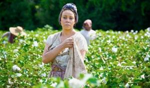 Cecil's mother Hattie (Mariah Carey) toils away in the cotton fields in The Butler