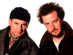 Grrrrrr. The Wet Bandits (Joe Pesci and Daniel Stern) looking mean in Home Alone