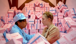 Zero Moustafa (Tony Revolori) and his beau Agatha (Saoirse Ronan) in The Grand Budapest Hotel