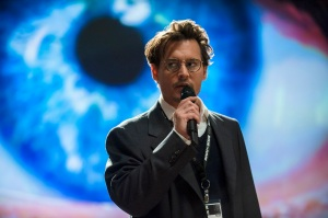 Dr Will Caster (Johnny Depp) explains his theories in Transcendence