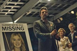 Nick (Ben Affleck) addresses the crowd and the media in Gone Girl