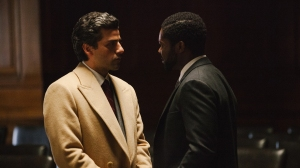 Abel Morales (Oscar Isaac) makes his cast against Assistant District Attorney Lawrence (David Oyelowo) in A Most Violent Year