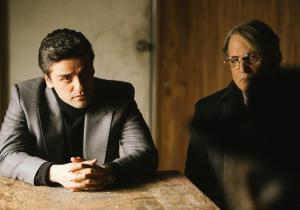 Abel Morales (Oscar Isaac) with attorney Andrew Walsh (Albert Brooks) in A Most Violent Year