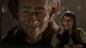 The BFG (Mark Rylance) and Sophie (Ruby Barnhill) in The BFG
