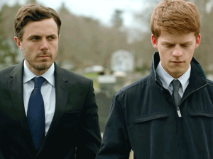 Lee (Casey Affleck) and nephew Patrick (Lucas Hedges) prepare to bury Joe in Manchester By The Sea