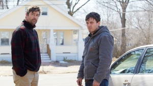 The brothers Chandler - Joe (Kyle Chandler) and Lee (Casey Affleck) - in Manchester By The Sea